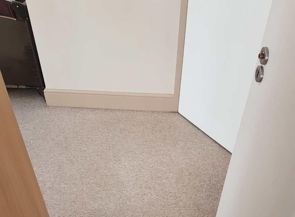 professional house cleaning EN4